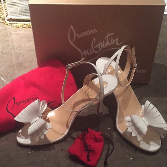 the latest 9b208 aed47 Christian louboutin Shoes
